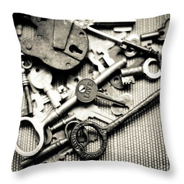 Throw Pillow featuring the photograph The Key To Love by Ana V Ramirez