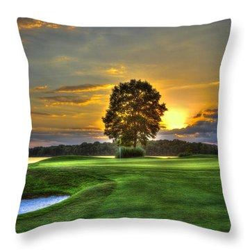 The Landing Golf Course Reynolds Plantation Landscape Art Throw Pillow