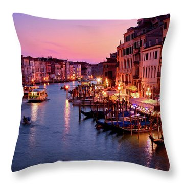 The Blue Hour From The Rialto Bridge In Venice, Italy Throw Pillow
