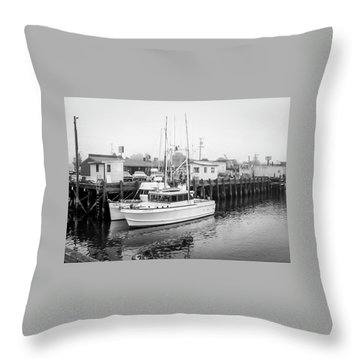 The Lorabee-1979 Throw Pillow