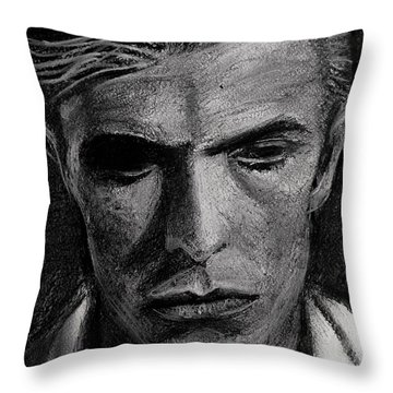 The Man Who Fell To Earth 1976 Throw Pillow