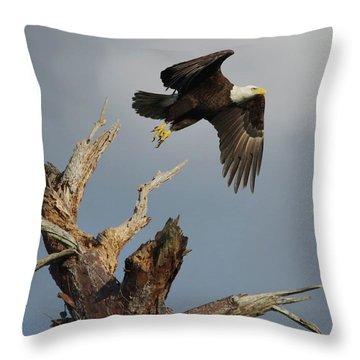 the Mighty Ozzie. Throw Pillow