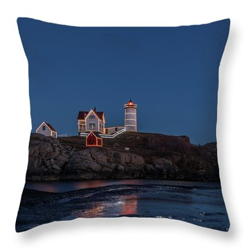 The Nubble Waiting For Snow Throw Pillow
