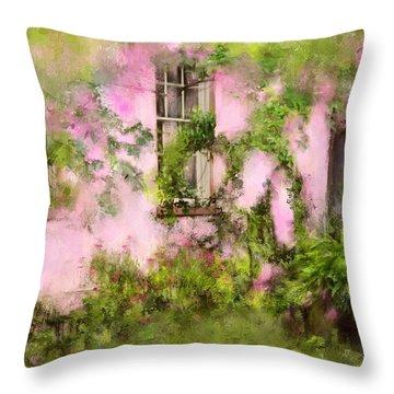 The Olde Pink House In Savannah Georgia Throw Pillow