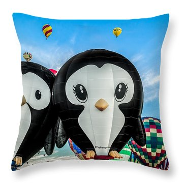 Puddles And Splash - The Penguin Hot Air Balloons Throw Pillow