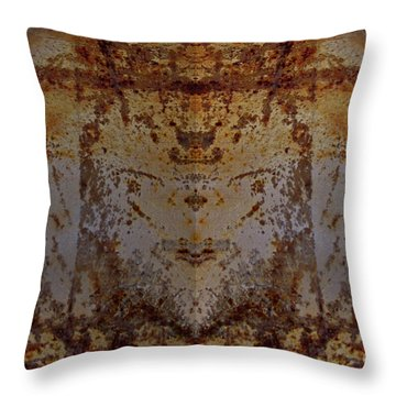 The Rusted Feline Throw Pillow