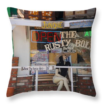 The Rusty Bolt - Seligman, Historic Route 66 Throw Pillow