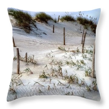 The Sands Of Obx Hdr II Throw Pillow