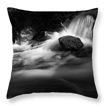 the sound of Ilse, Harz Throw Pillow