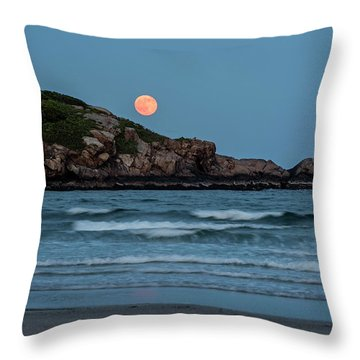 The Strawberry Moon Rising Over Good Harbor Beach Gloucester Ma Island Throw Pillow