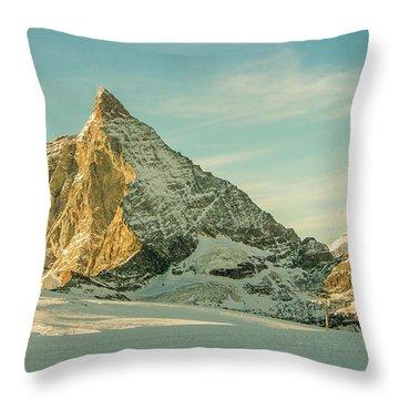 The Sun Sets Over The Matterhorn Throw Pillow