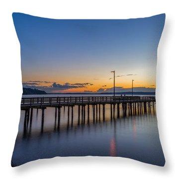 The Sunset At Redondo Beach Throw Pillow