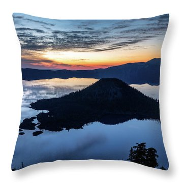 Throw Pillow featuring the photograph The Wizard At Dawn by Pierre Leclerc Photography