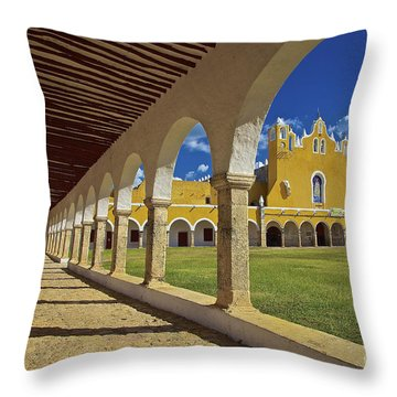 The Yellow City Of Izamal, Mexico Throw Pillow