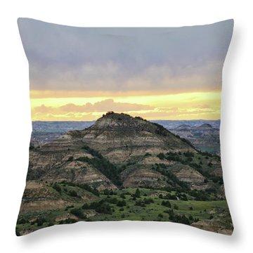 Theodore Roosevelt National Park, Nd Throw Pillow