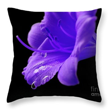 Thirst For Life Throw Pillow