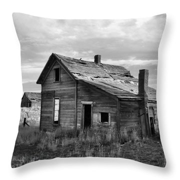Throw Pillow featuring the photograph This Old House by Jim Walls PhotoArtist