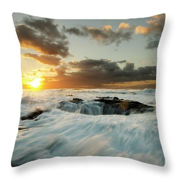 Throw Pillow featuring the photograph Thors Well Cape Perpetua 1 by Bob Christopher