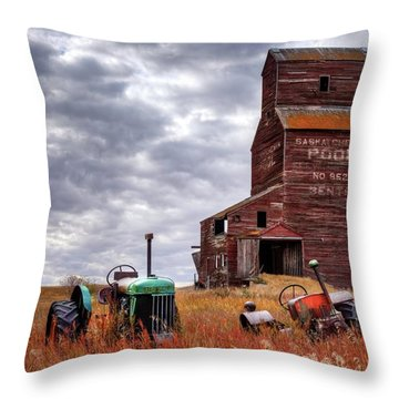 Three Abandoned Souls Throw Pillow
