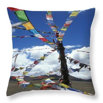 Tibet_304-8 Throw Pillow