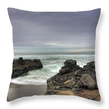 Tide Coming In Throw Pillow