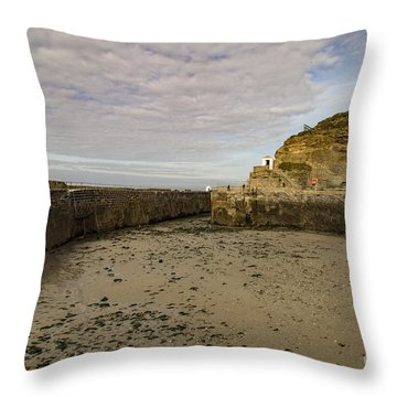 Throw Pillow featuring the photograph Tide Out Portreath by Brian Roscorla