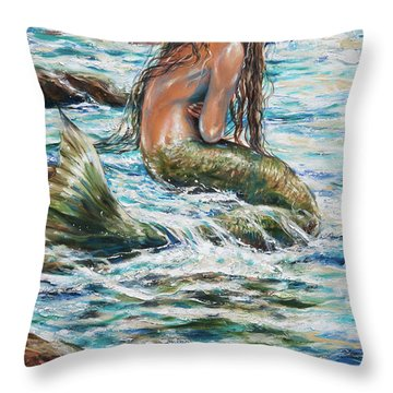 Tidepool Throw Pillow by Linda Olsen