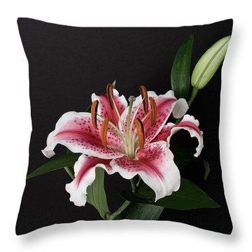 Tiger Woods Lily Throw Pillow