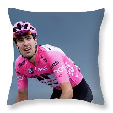 Tom Dumoulin 1 Throw Pillow