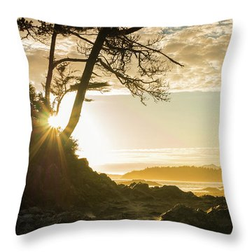 Tonquin Beach Throw Pillow