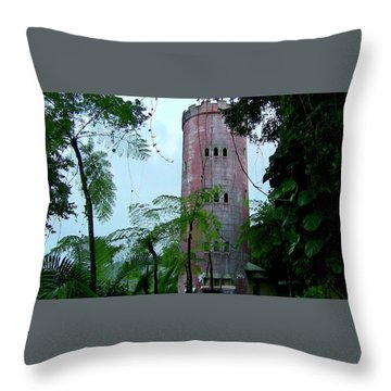 Torre De Observacion Yokahu  Throw Pillow