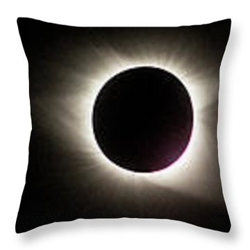Total Eclipse 2017 Throw Pillow