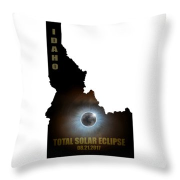 Total Solar Eclipse In Idaho Map Outline Throw Pillow by David Gn