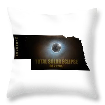 Total Solar Eclipse In Nebraska Map Outline Throw Pillow by David Gn