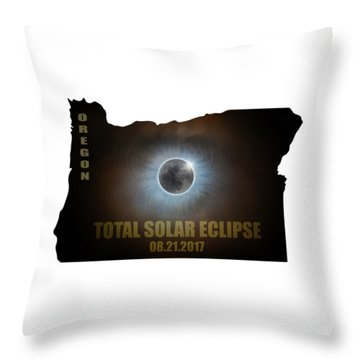 Total Solar Eclipse In Oregon Map Outline Throw Pillow by David Gn