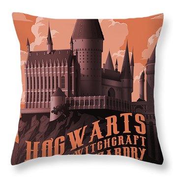 Tour Hogwarts Castle Throw Pillow
