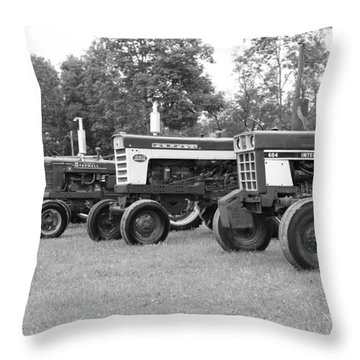 Tractor Show 2016 Throw Pillow