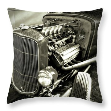 Traditional Hemi Bw Throw Pillow