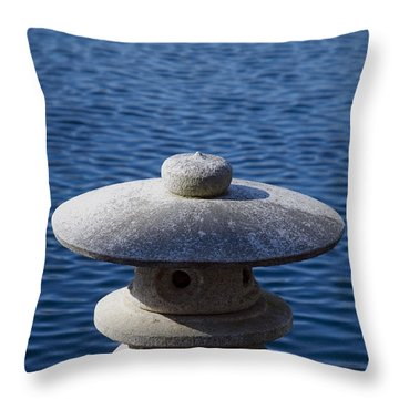 Tranquil Breeze Throw Pillow by Kelvin Booker