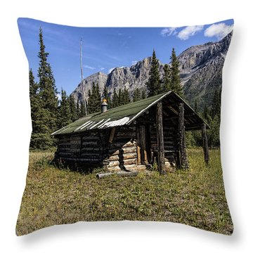 Trappers Cabin Throw Pillow