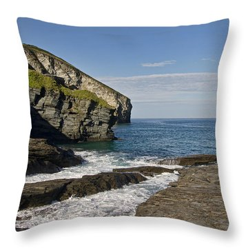 Trebarwith Strand In North East Cornwall Throw Pillow