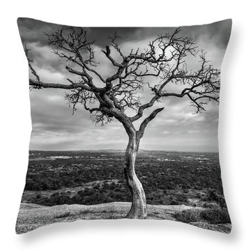 Tree On Enchanted Rock In Black And White Throw Pillow