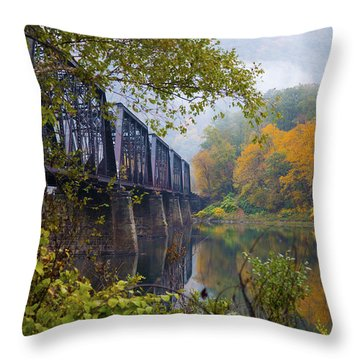 Trestle In Autumn Throw Pillow