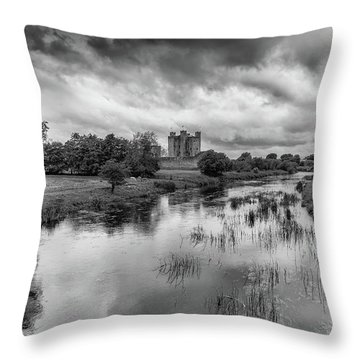 Trim Castle And The River Boyne Throw Pillow