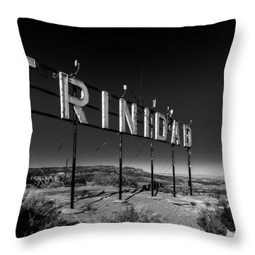 Trinidad Colorado Sign Simpsons Rest Throw Pillow