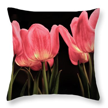 Tuilp Throw Pillow