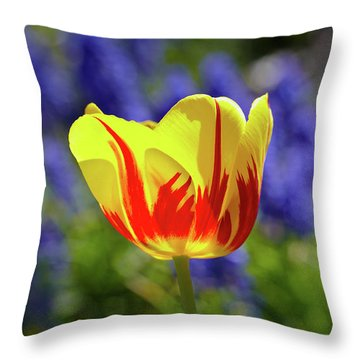 Tulip Flame Throw Pillow
