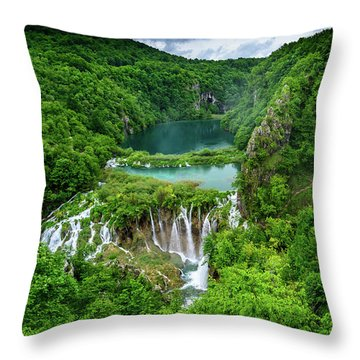 Turquoise Lakes And Waterfalls - A Dramatic View, Plitivice Lakes National Park Croatia Throw Pillow