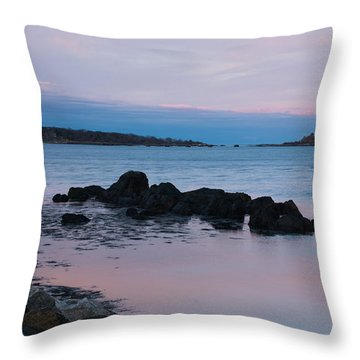 Throw Pillow featuring the photograph Twilight At New Castle Common by Nancy De Flon