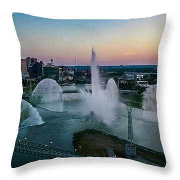 Twilight At The Fountains Throw Pillow